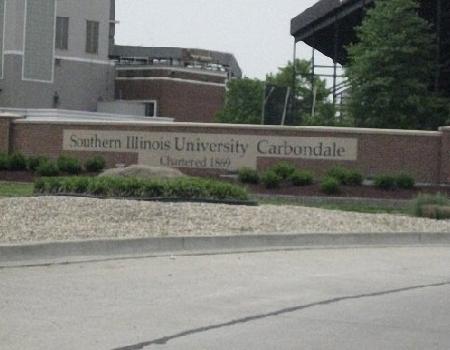 南伊利诺伊大学卡本代尔分校全景图片
